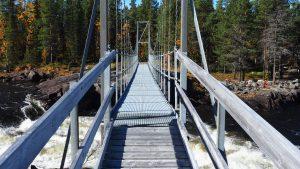 Die Brücke am Partafallet am Pärlälven