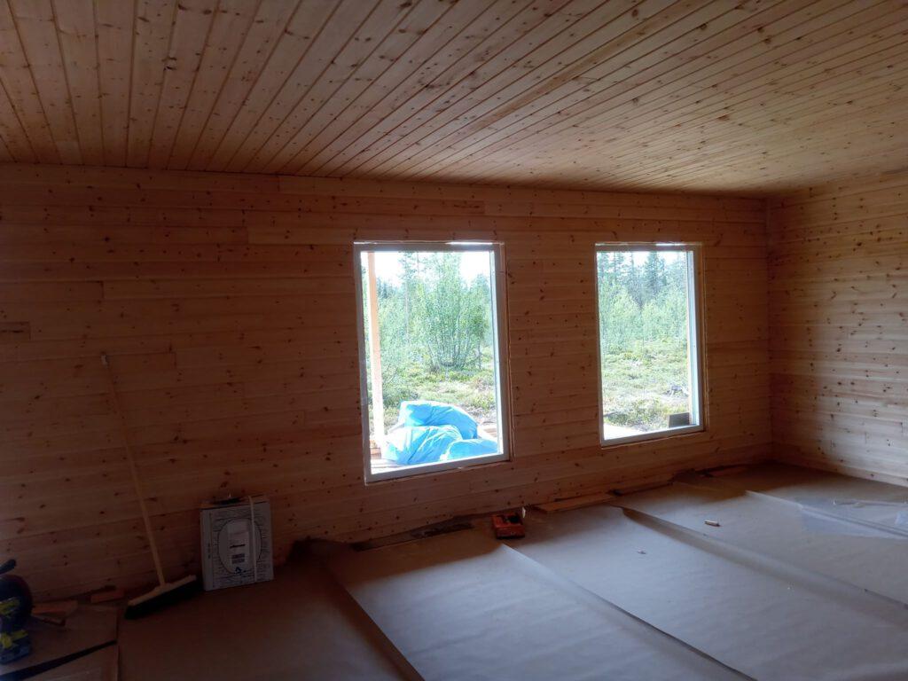 Die großen Wohnzimmerfenster