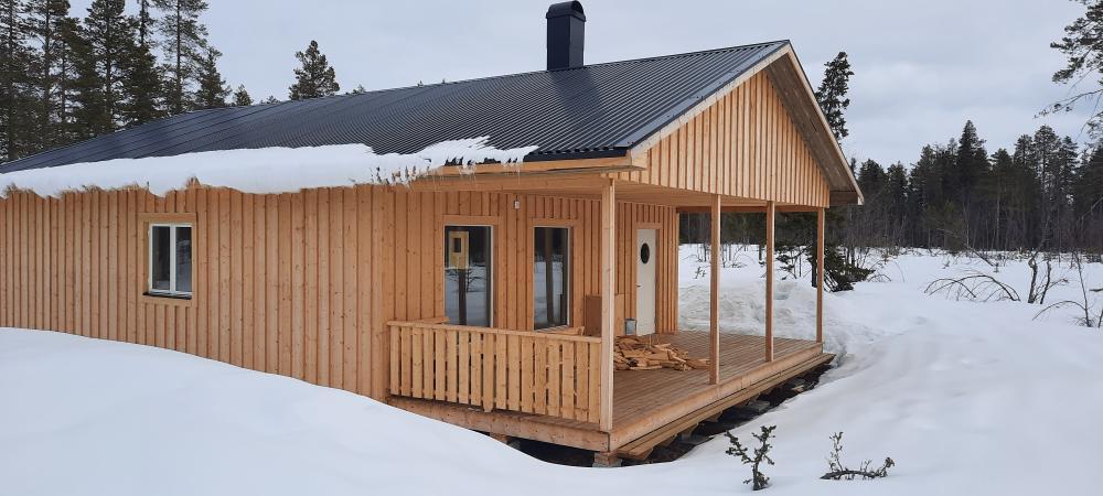 Dank für die Fotos von unserem Häuschen in Lappland