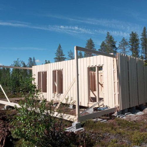 8 - Bau Stuga - alle Aussenwände Rahmen Terrasse